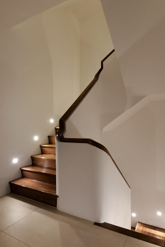 Stairs with floor wash lighting